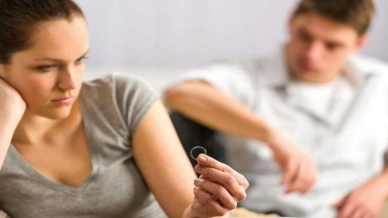 развелась с мужем