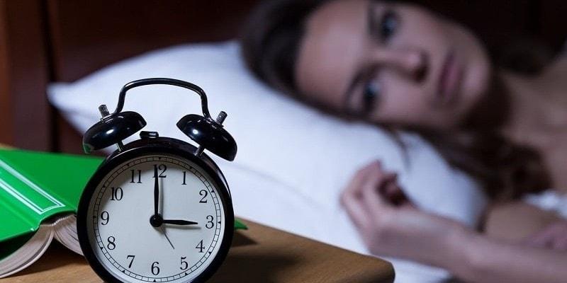 почему бессонница ночью