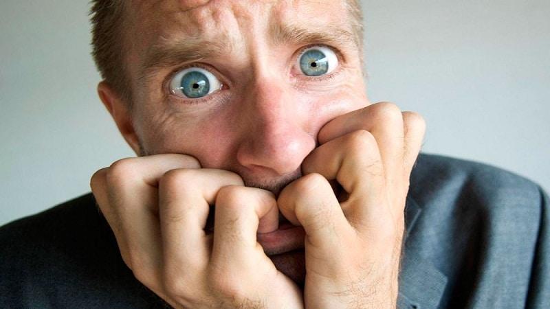 первые признаки шизофрении у мужчин поведение