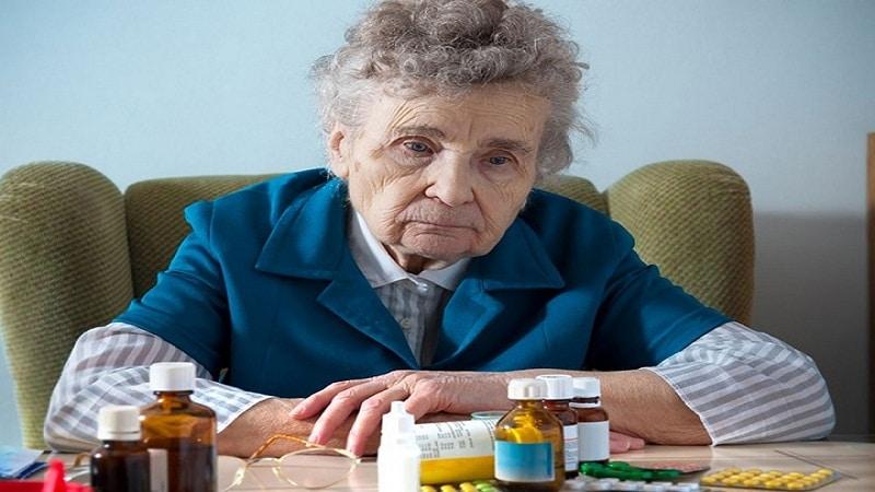 галлюцинации у пожилых людей что делать